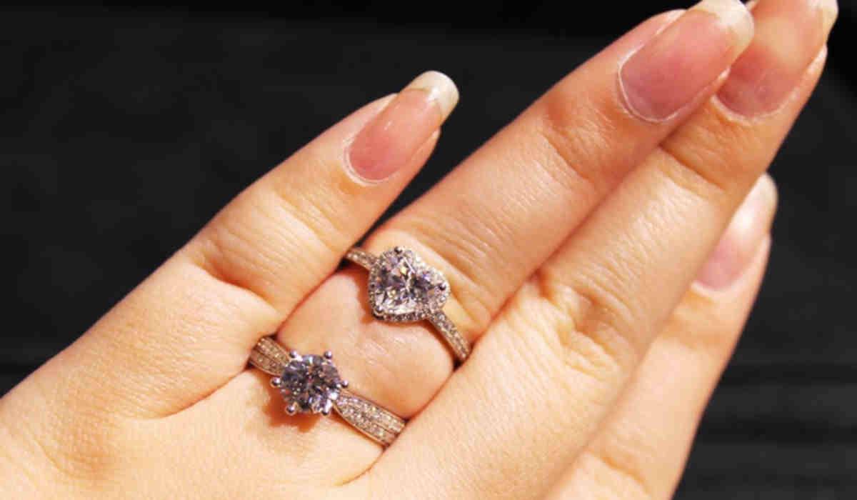 Best diamond shape for small hands