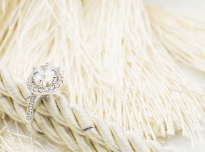 Best ring for bride with a traditional appeal